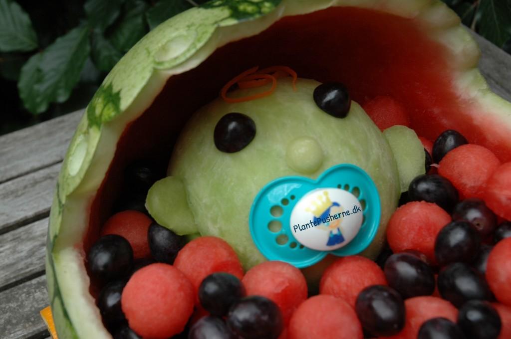 Vandmelon barnevogn med baby