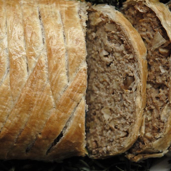 Morsbrød – indbagt vegansk farsbrød /nøddesteg