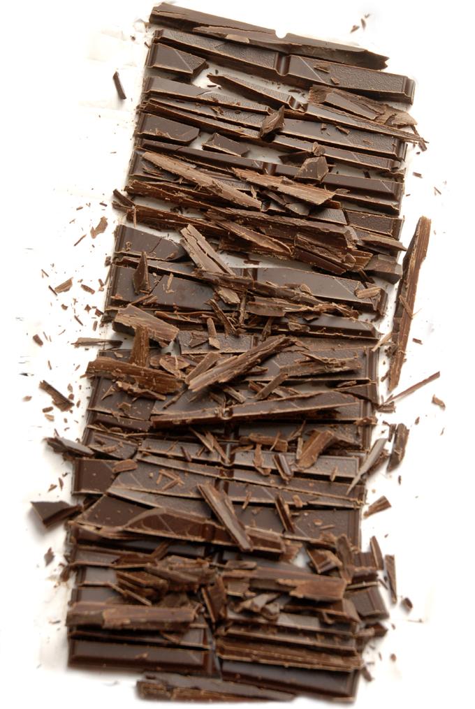 Hakket mørk chokolade
