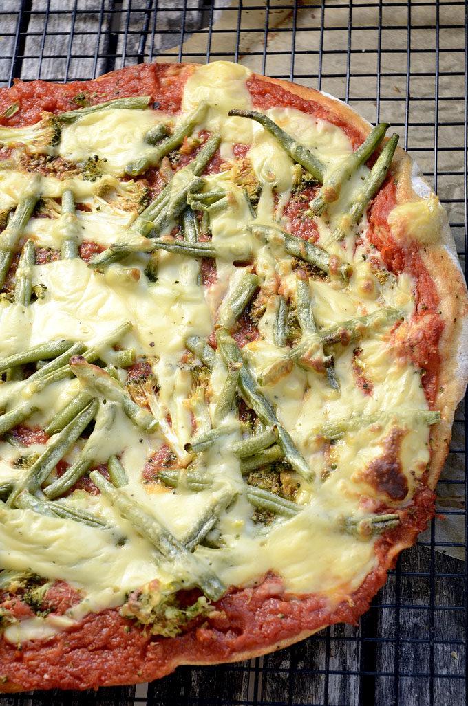 Pizza med grønne bønner
