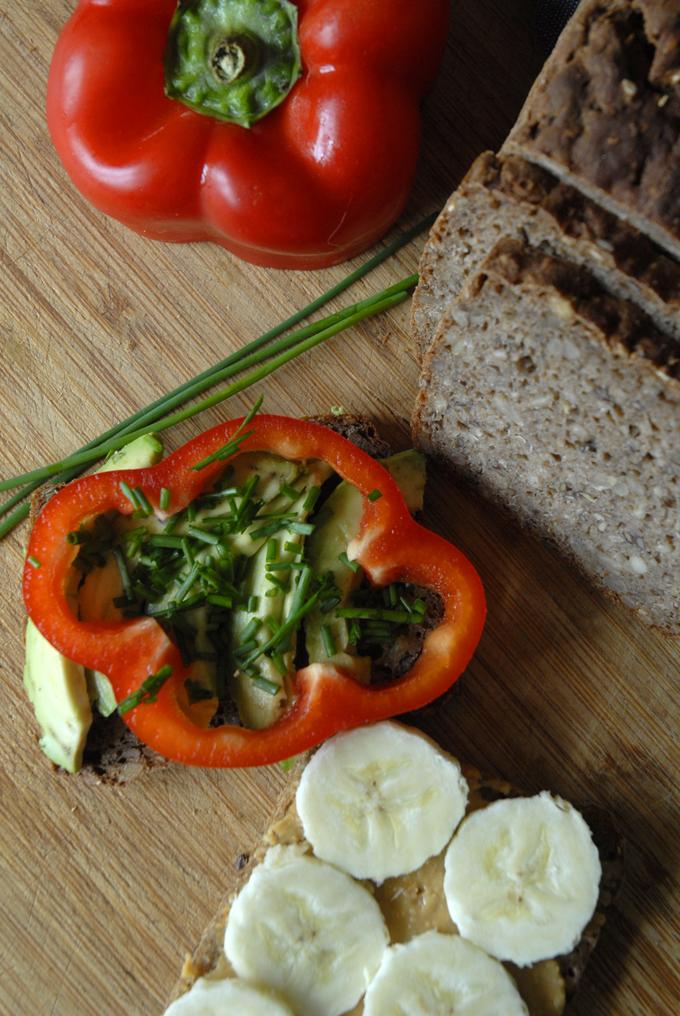 Glutenfrit vegansk rugbrød