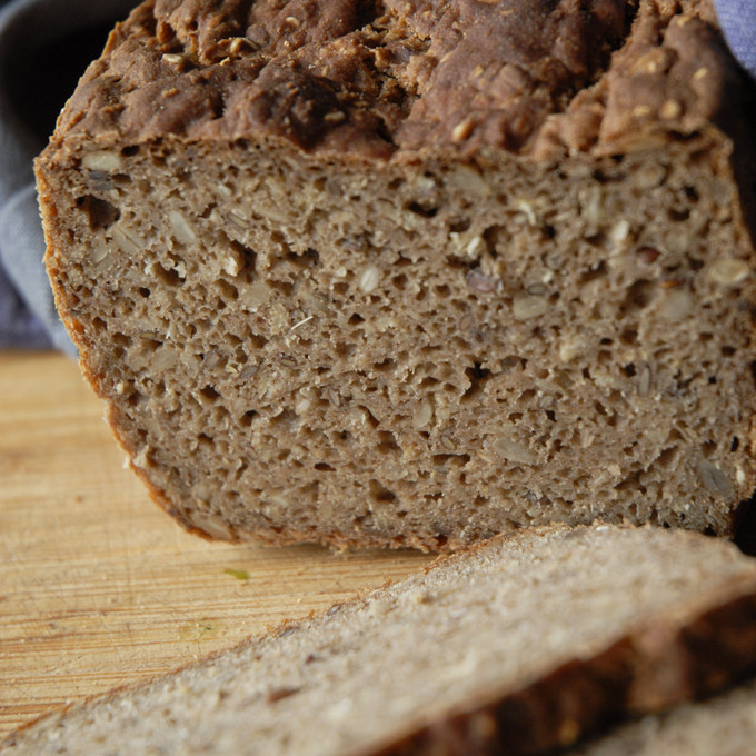TIP: Glutenfrit vegansk rugbrød (bagemix)