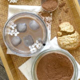 Lav din egen – lidt sundere – kakaopulver (til kold kakaomælk)